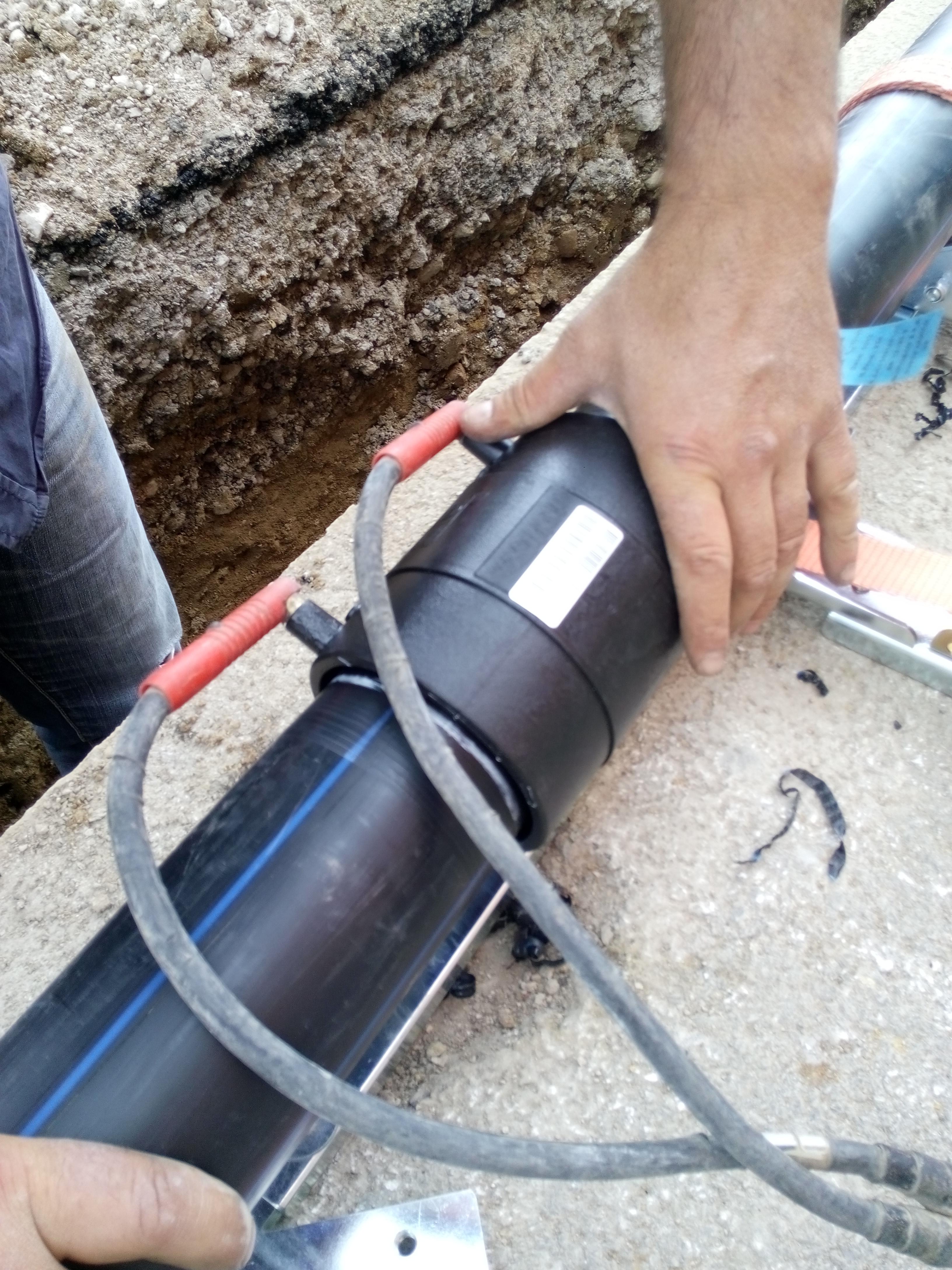 Lavori idrici sacco giovanni srl salerno for Uniform spa sistemi per serramenti
